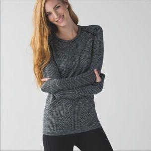 Lululemon Restless Long Sleeve Top, Size 6